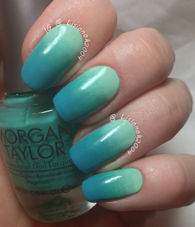 Turquoise gradient